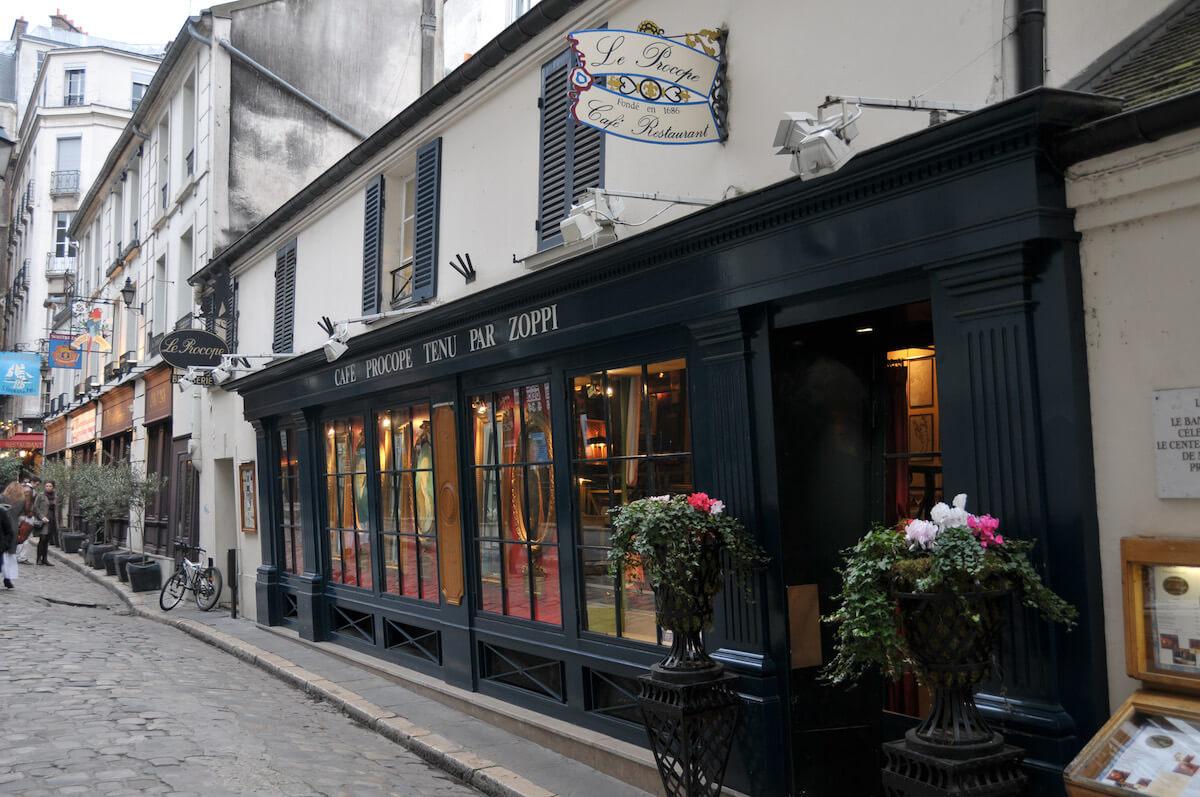 La Façade du Café Procope à Paris